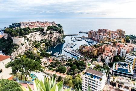 GP Monaco, bijna onmogelijk in zo'n dichtgebouwde stad zonder ruimte